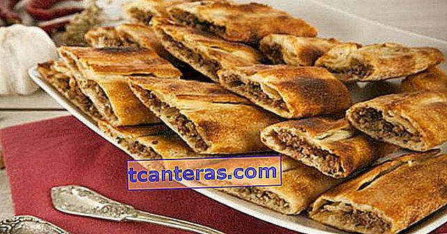 3. Menú Day Iftar: ¡Pita cubierta con carne picada, ensalada de pastor llega a la mesa!