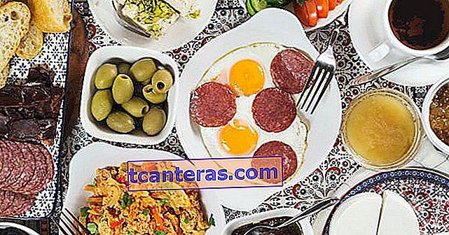 Her Sabah Uyandığımızda Kahvaltı Etmek Sandığımız Kadar Sağlıklı mı?
